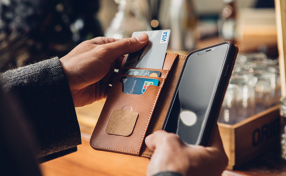 Carry your important cards, cash and iPhone all in the one sleek form factor.