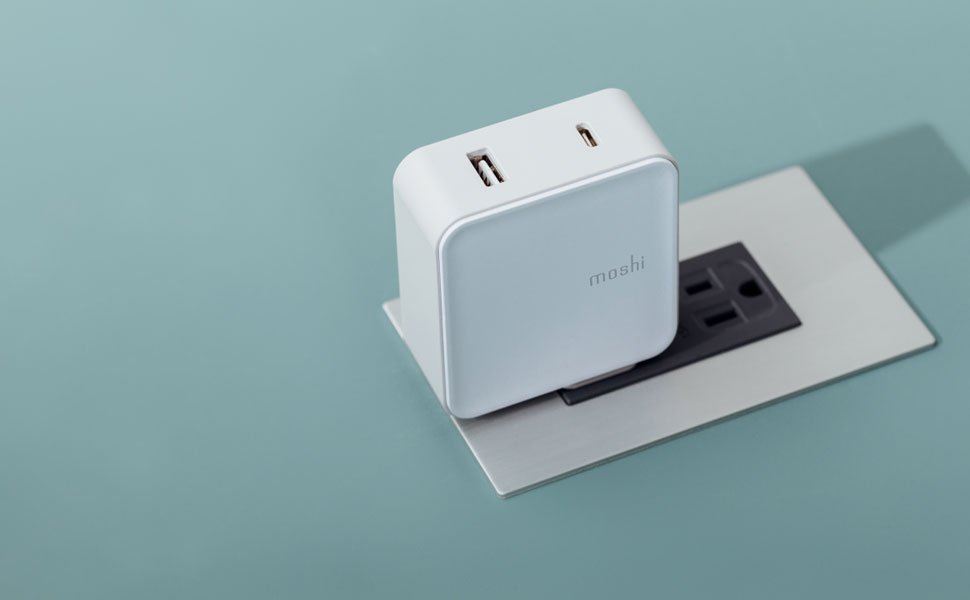 ProGeo™ USB-C Wall Charger with USB Port (42 W)
