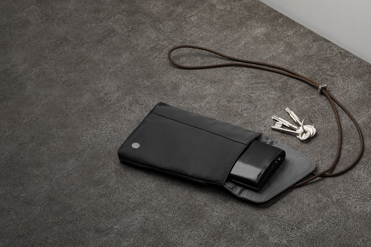 Find your keys or wallet in mere seconds.
