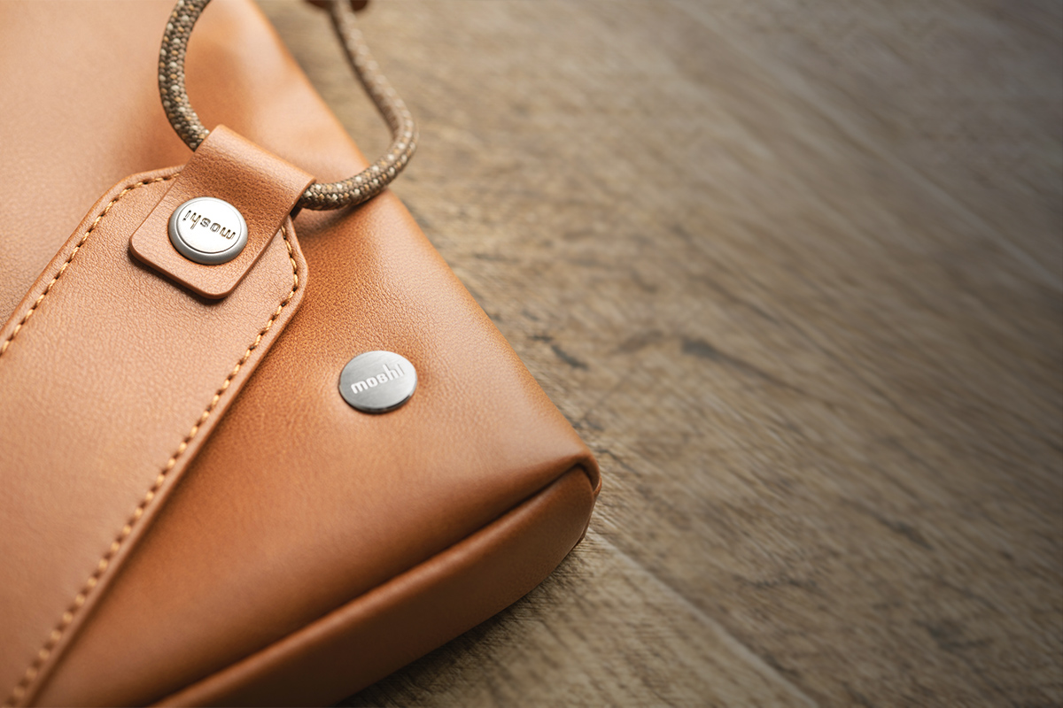Crafted from premium vegan leather for an animal-friendly carry solution.